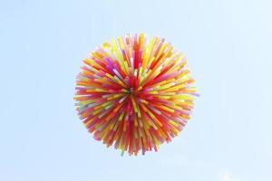 canudos de plástico coloridos