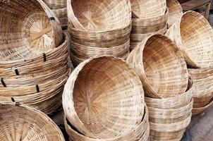 cesta de bambu foto