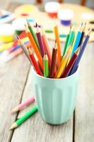 lápis coloridos foto