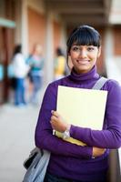 menina indiana do ensino médio foto