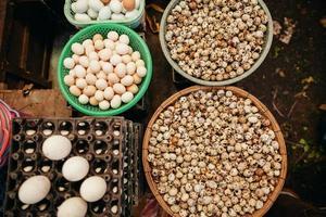 ovos, sortidas, mercado, vista superior foto
