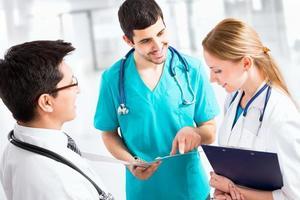 grupo de médicos foto