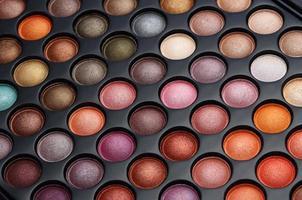 conjunto de cosméticos coloridos