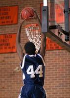 enterro de basquete foto