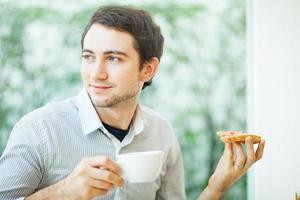 café da manhã dos jovens foto