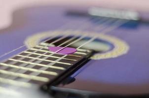 close de palheta de guitarra