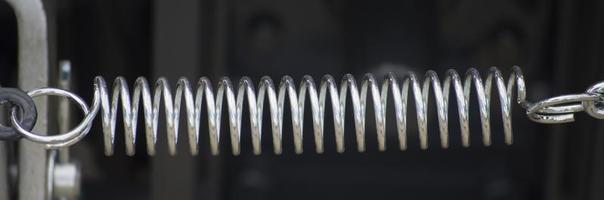 mola de metal close-up foto