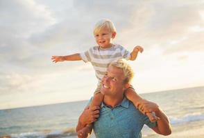 pai e filho foto