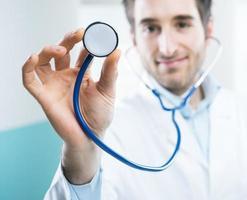sorrindo doutor close-up foto