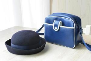 boné e bolsa para aluno do jardim de infância foto