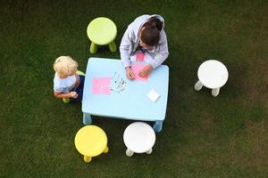 divertidas atividades ao ar livre. foto