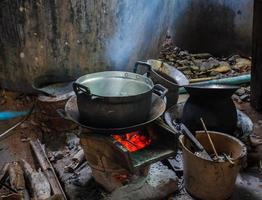 cozinha na Tailândia rural