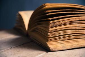 close-up de páginas de livros foto