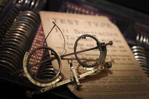 conjunto óptico de teste de olho vintage