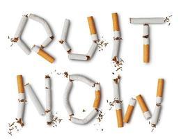 cigarros quebrados foto