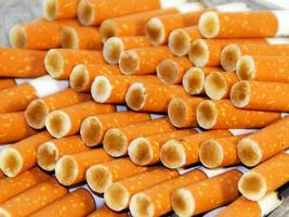 bitucas de cigarro foto
