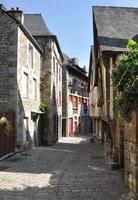 rua medieval em dinan foto