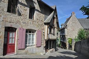 rua medieval em dinan