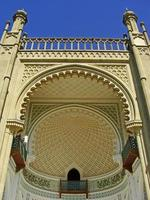 close-up da fachada sul, Palácio vorontsov, Alupka, Crimeia