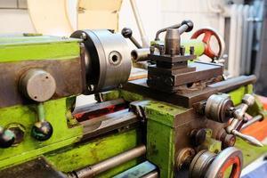 máquina de tornear
