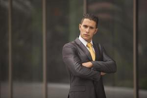 homem de negócios sério foto
