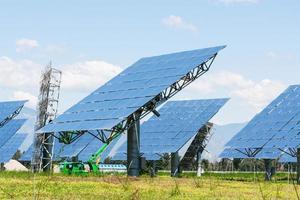 painel solar no verde