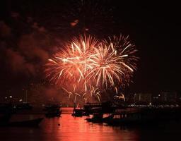 festival internacional de fogos de artifício de pattaya foto