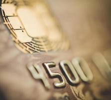 micro chip de cartão de crédito foto