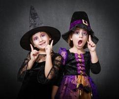 idéia de bruxa de crianças
