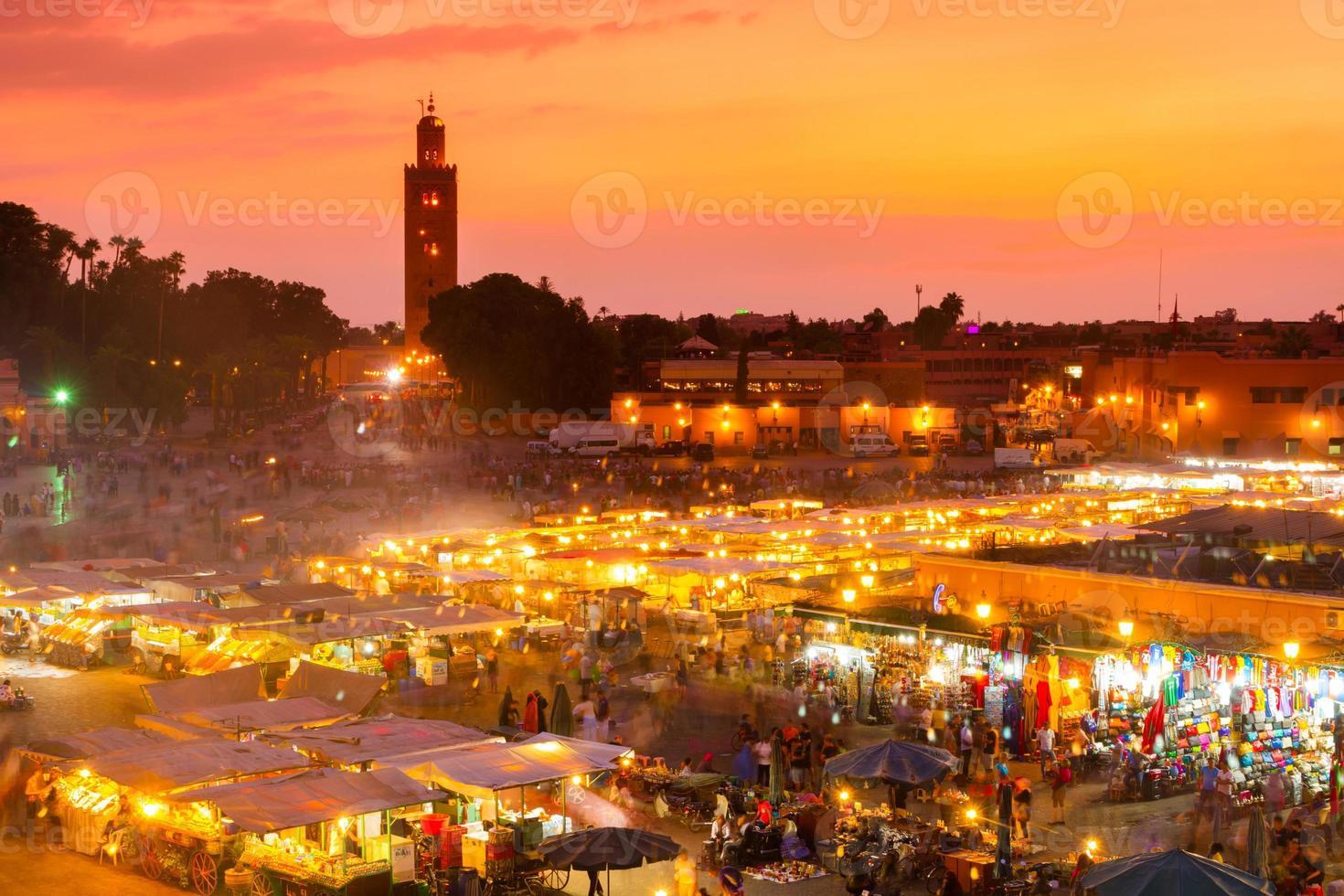 jamaa el fna, marrakesch, marokko. foto