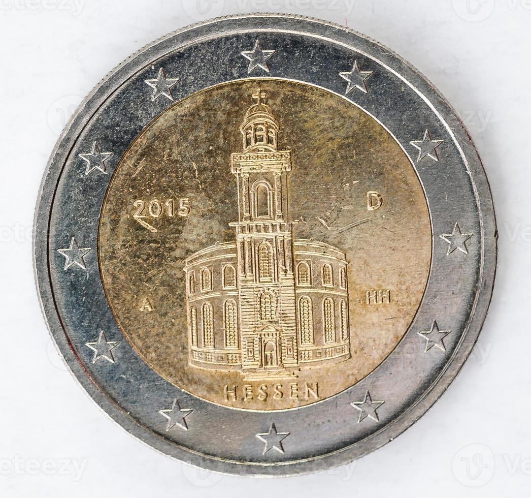 zwei euro münze mit deutscher rückseite gebraucht aussehen foto