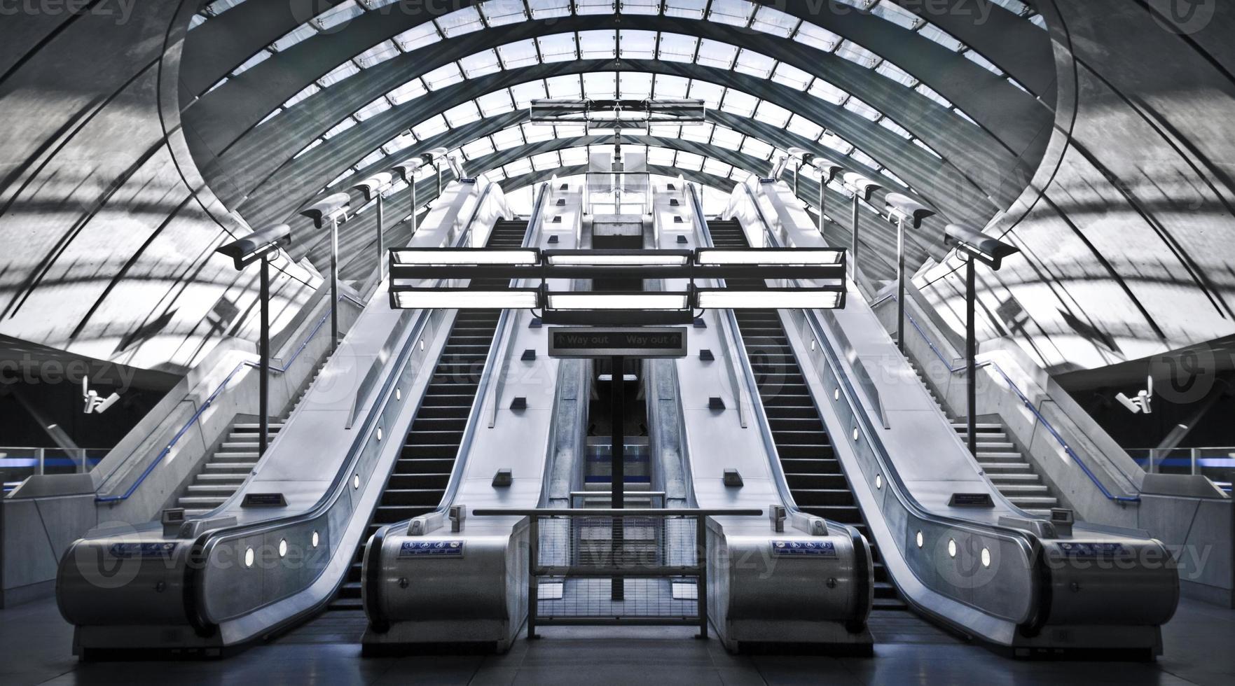 Kanarische Kai U-Bahnstation foto