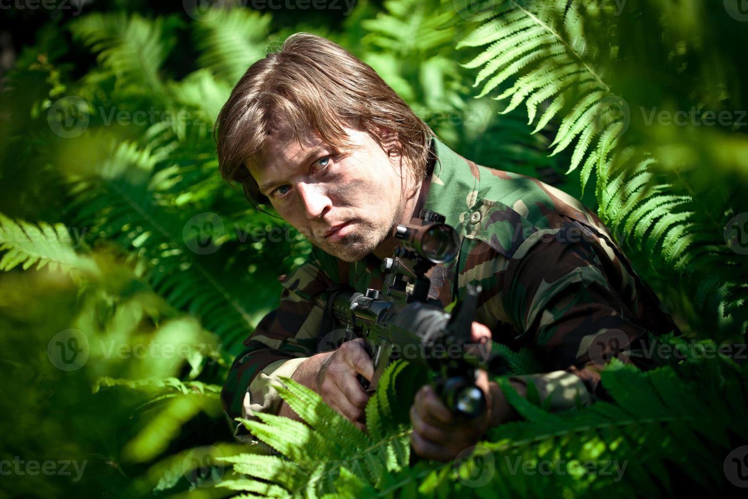versteckter Soldat foto