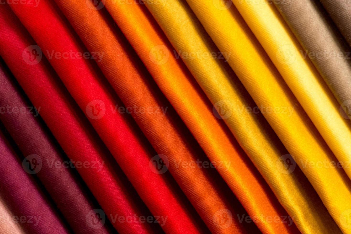 Proben von farbigem Stoff foto
