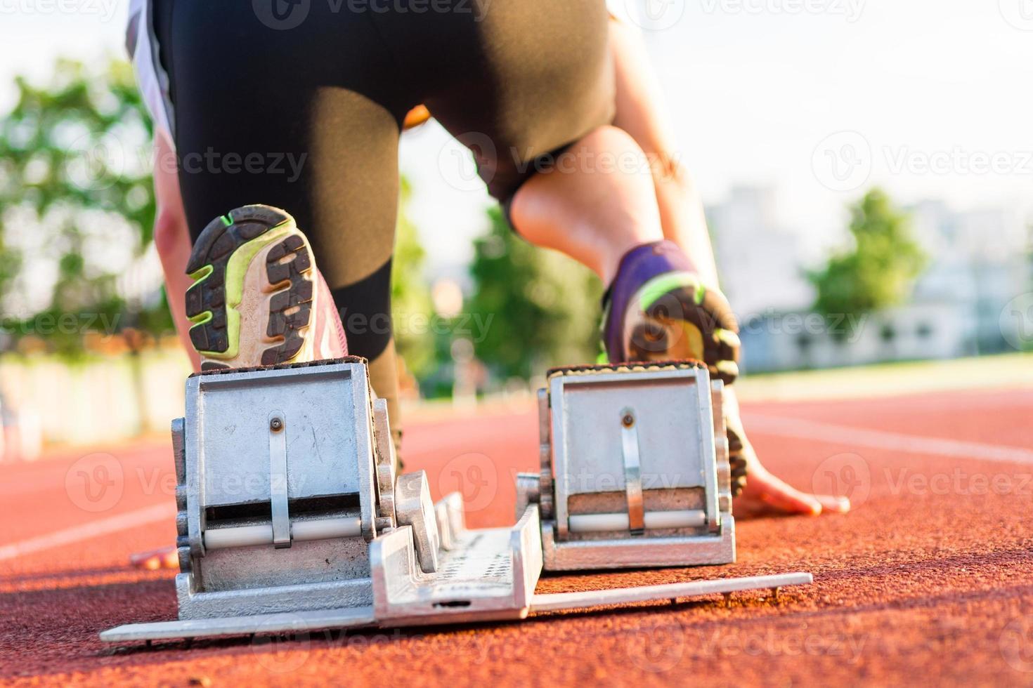 Sprinter macht sich bereit zu starten. foto