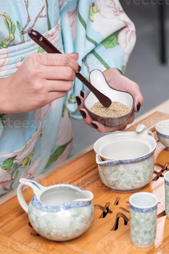 Vorbereitungen für die Teezeremonie foto