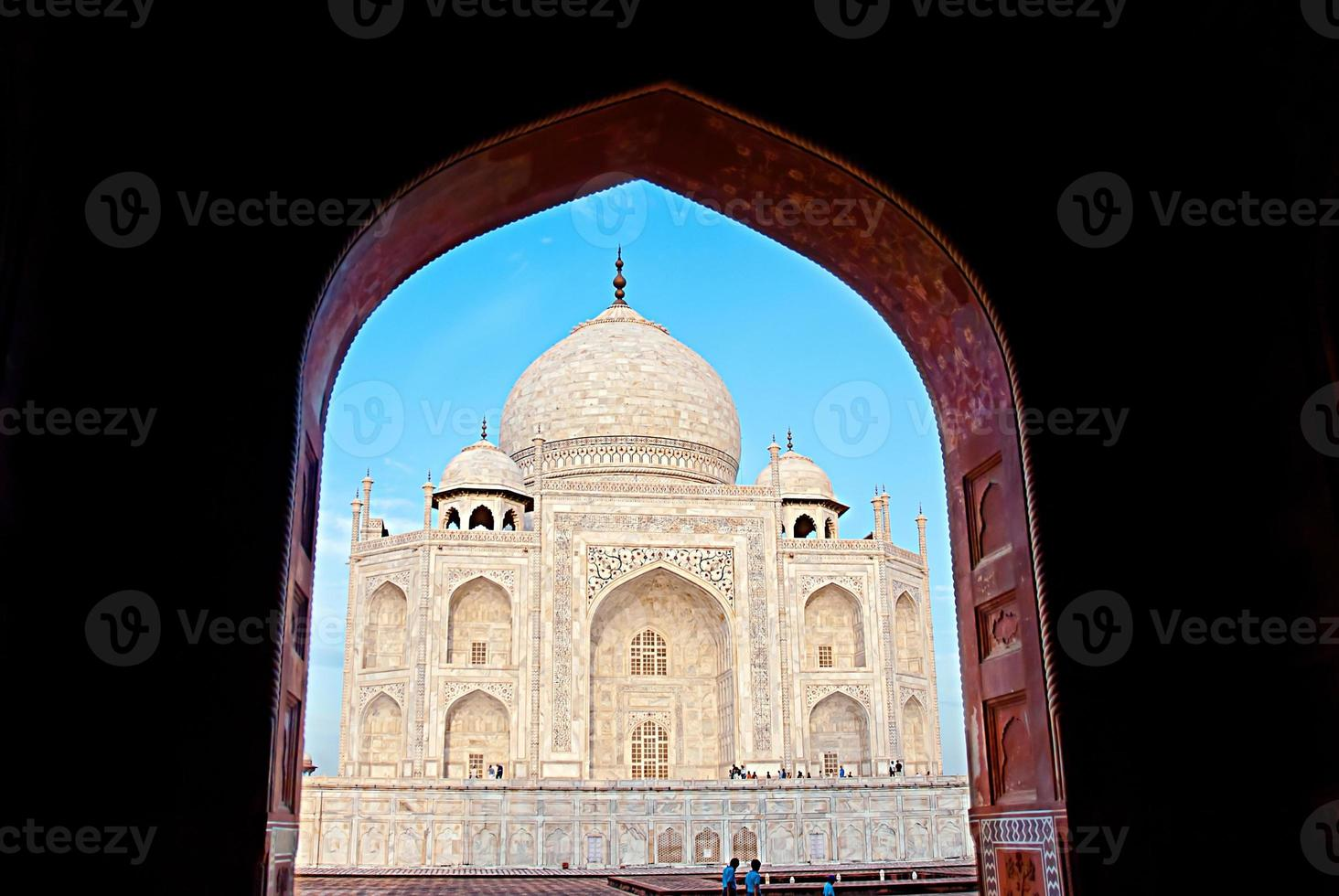 Indien. Taj Mahal. Islam Architektur. Tür zur Moschee foto