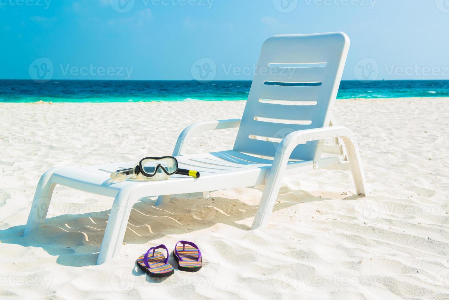 Sandstrand und Ozeanwelle, südliches männliches Atoll. Malediven foto