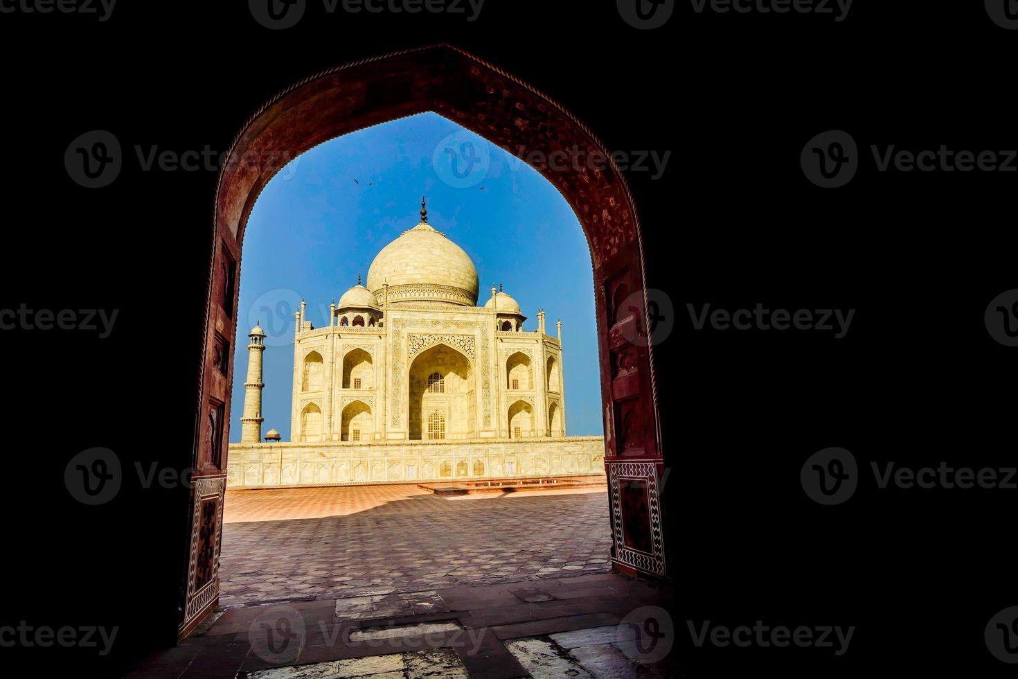 Taj Mahal, blauer Himmel, Reise nach Indien foto