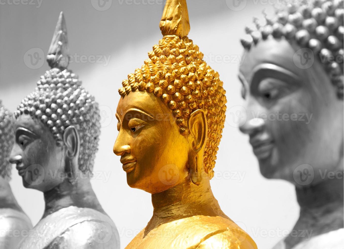 goldenes Buddha-Gesicht foto