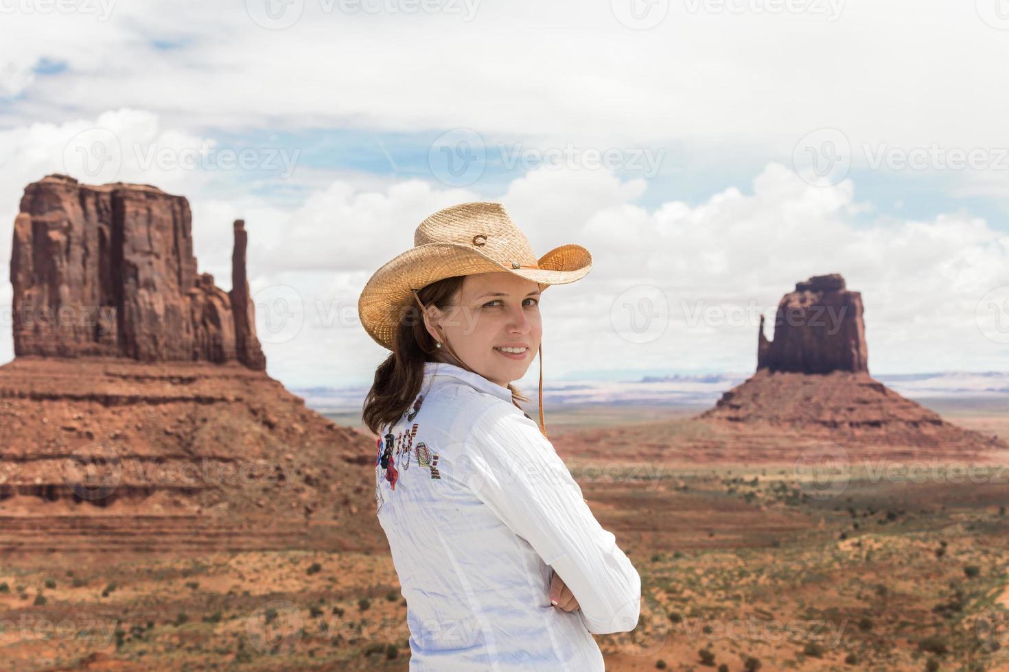 Mädchen im Monument Valley foto