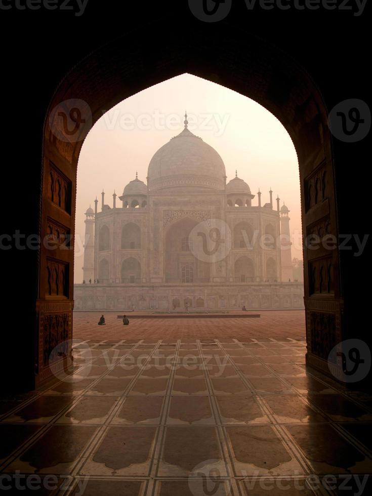 das schöne taj mahal in agra - indien foto