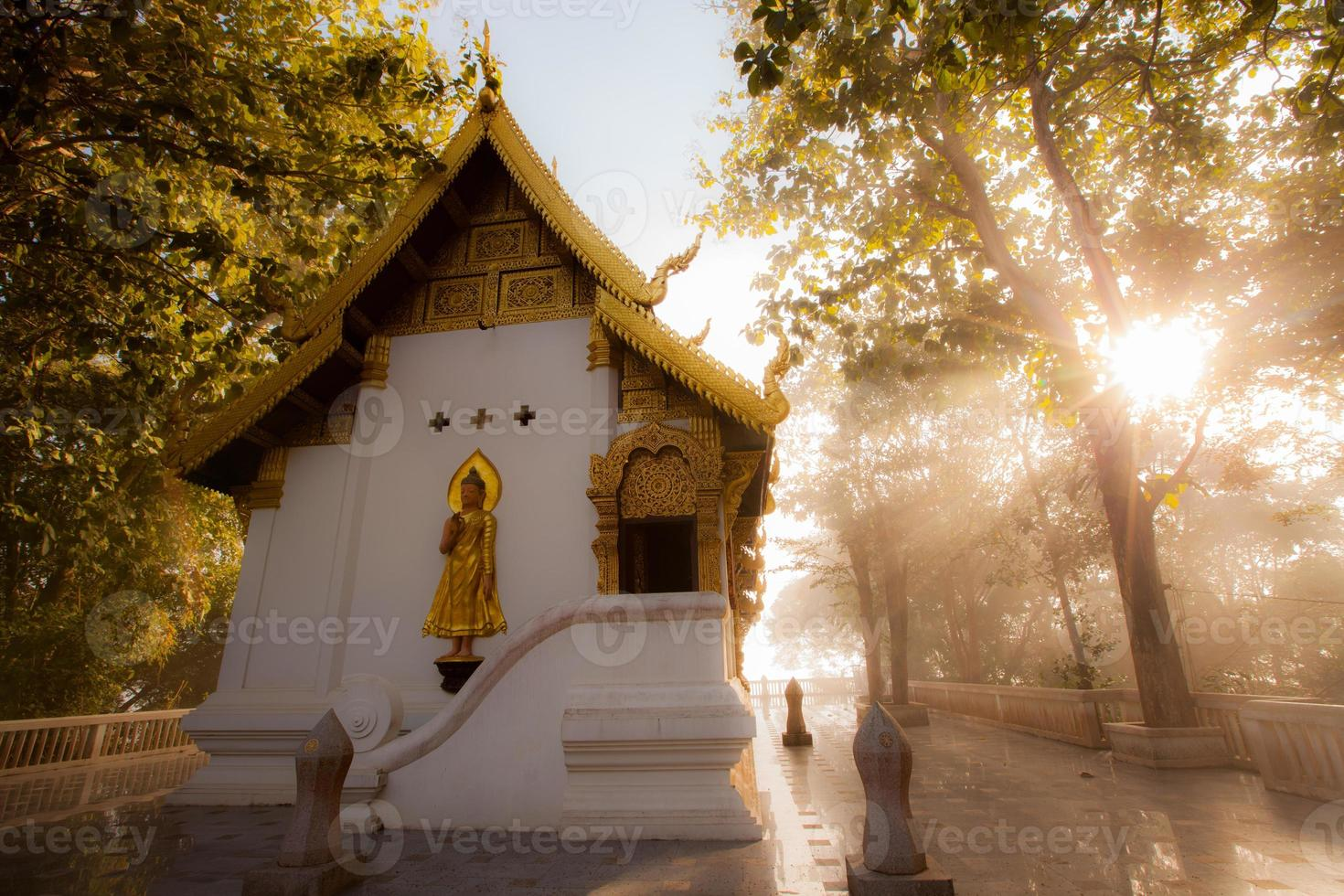 Phra Tha Jom Kitti Tempel. foto