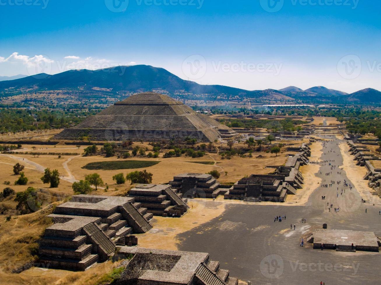 schönes Foto der Teotihuacan Pyramiden