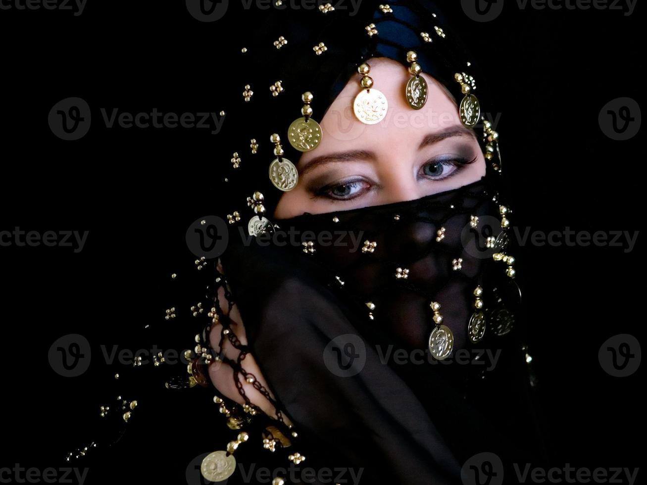 mysteriöse östliche Frau foto
