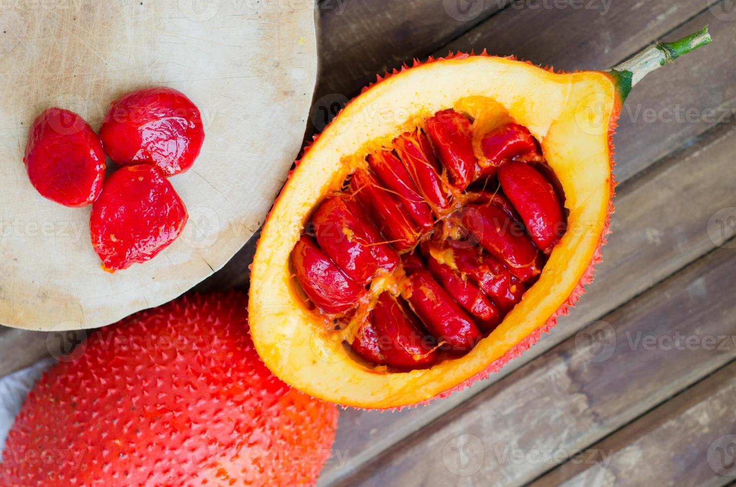 Cochinchin Kürbisfrucht (Frühlingsbittergurke, Baby Jackfrucht s foto