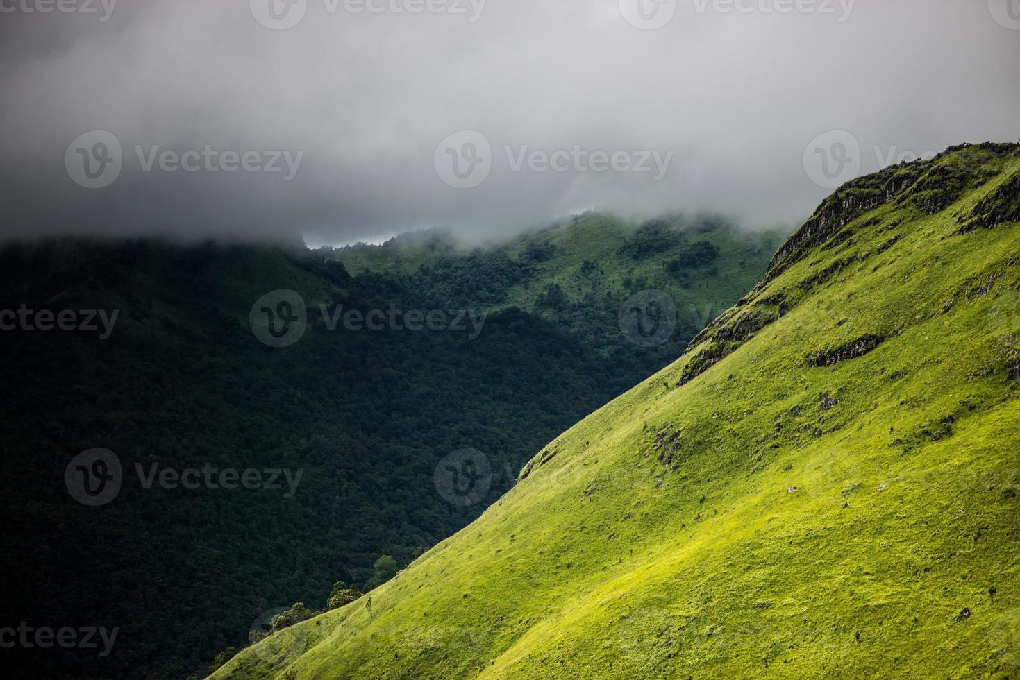 Laos grüner Berg foto