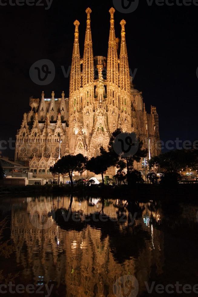 sagrada familia reflektiert foto