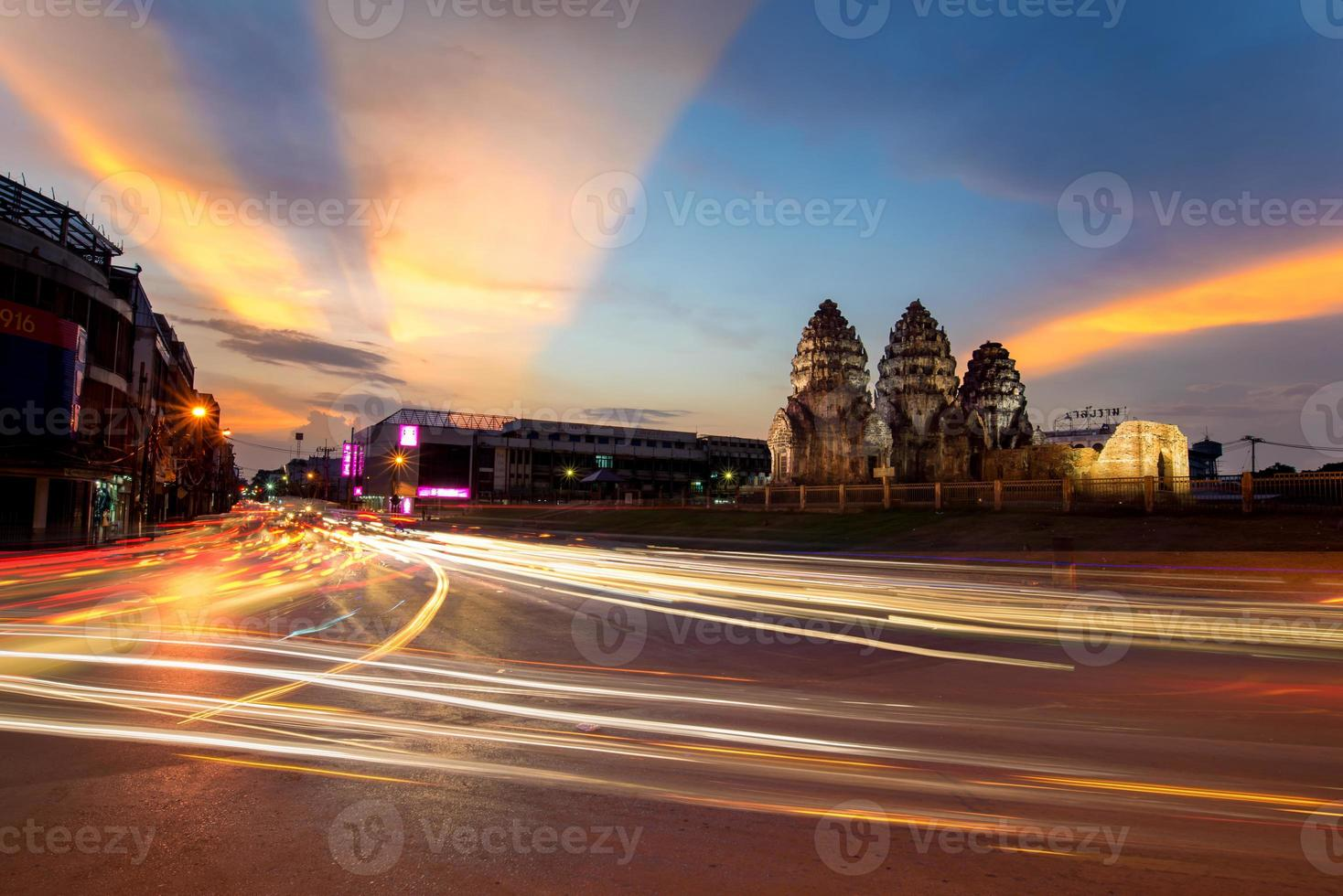 Phra Prang Sam Yod foto