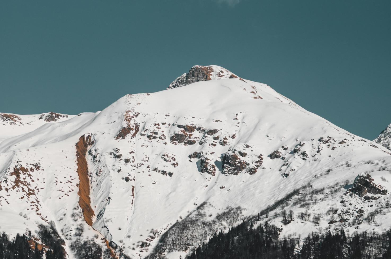 winterliche Berge von krasnaya polyana, Russland foto
